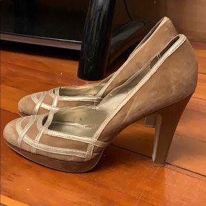 Jessica Simpson gold trimmed suede pumps